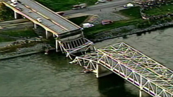 abc_washington_state_bridge_collapse_jt_130525_wg